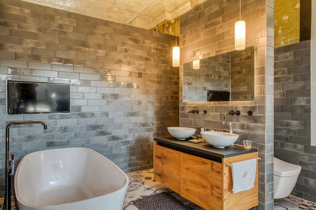 Modern Badezimmer by handwerk mit stil