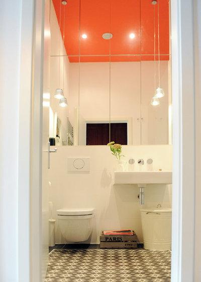 Contemporary Bathroom by JSW Studio