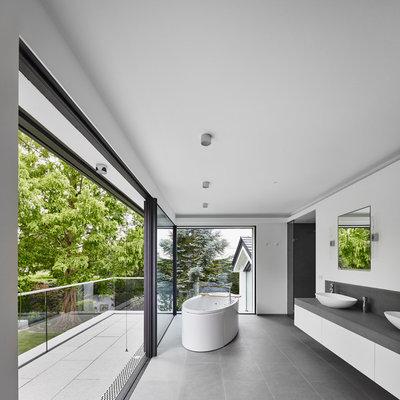 coole trendfarbe im bad 11 b der in graut nen. Black Bedroom Furniture Sets. Home Design Ideas