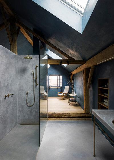Modern Badezimmer by swa.studio  ///  Sebastian Wiedemann Architektur