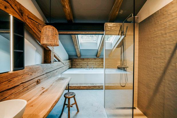 Rustikal Badezimmer by BUERO PHILIPP MOELLER