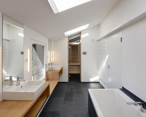 Badezimmer mit sauna und steinplatten ideen f r die for Badezimmer justin
