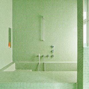 Salle de bain avec un carrelage vert Hambourg : Photos et ...