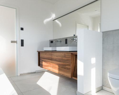 Armadietto Da Bagno Schneider : Bagno con piastrelle di cemento düsseldorf foto idee arredamento