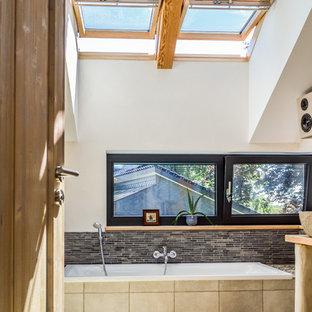 75 Most Popular Hamburg Brown Tile Bathroom Design Ideas For 2019