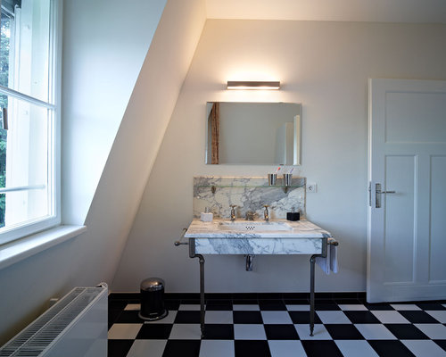 1900 39 s bathroom design ideas remodels photos with for Bathroom designs 1900 s