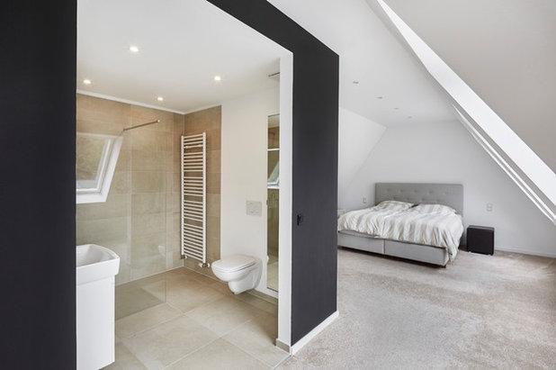 Minimalistisch Badezimmer by smyk fischer architekten