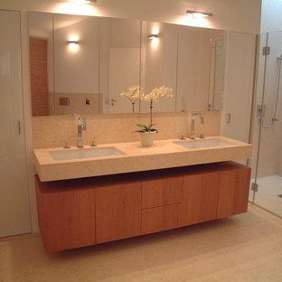 Neugestaltung eines Bades mit Sandstein Giallo-Atlantide, hier die Waschtischanl