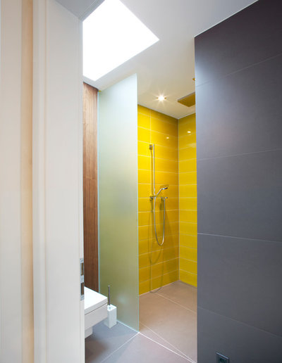 Moderne Salle de Bain by VOLLBAD