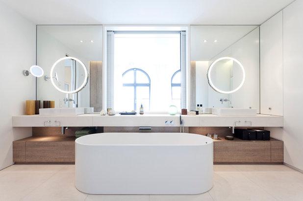 Modern Badezimmer by STUDIO HANSEN