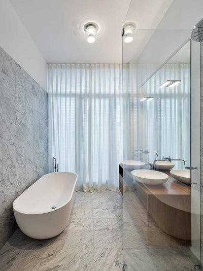 Minimalistisch Badezimmer by Herbert O. Zielinski, Architekt BDA