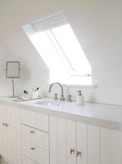 Современная классика Ванная комната by EM DESIGN HANDEL