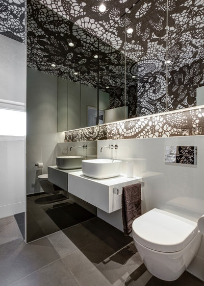Contemporary Bathroom by CLAUDIA MUES ARCHITEKTUR + PIA BOELTE WOHNDESIGN