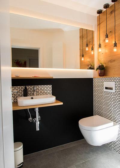 Modern Badezimmer by Inga Tegethoff