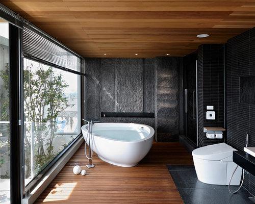 Asiatische badezimmer mit braunem holzboden ideen f r for Badezimmer ideen asiatisch