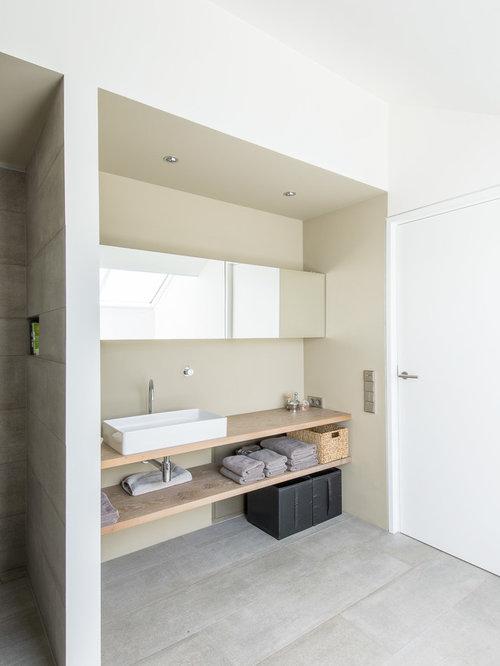 Badezimmer mit aufsatzwaschbecken und steinplatten ideen - Badezimmer stuttgart ...
