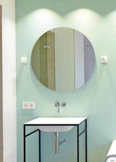 Skandinavisch Badezimmer by ELSÄSSER