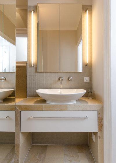 badezimmer spiegelschrank beleuchtet. Black Bedroom Furniture Sets. Home Design Ideas
