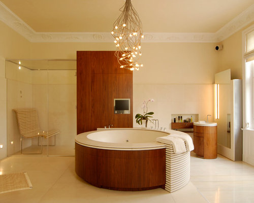 Inspiration For A Large Contemporary Master White Tile And Stone Slab  Corner Shower Remodel In Hamburg