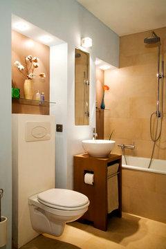 hilfe bei der badplanung. Black Bedroom Furniture Sets. Home Design Ideas