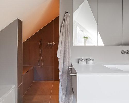 badezimmer mit mineralwerkstoff waschtisch ideen beispiele f r die badgestaltung houzz. Black Bedroom Furniture Sets. Home Design Ideas