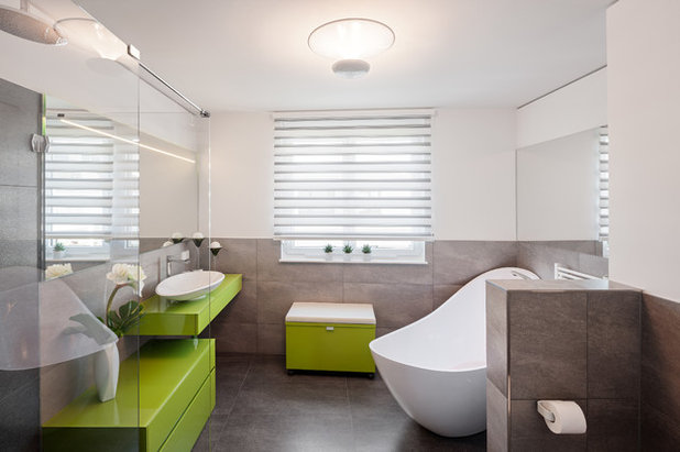 Contemporary Bathroom By Arc Architekturconzept GmbH