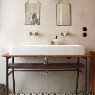 Salle de bain avec des carreaux de béton Berlin : Photos et idées ...