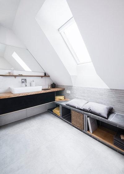 Modern Badezimmer by wedi GmbH