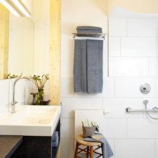 Contemporary Bathroom by Ute Günther INNENARCHITEKTUR & DESIGN