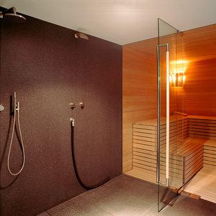 Salle de bain avec un carrelage marron Cologne : Photos et ...