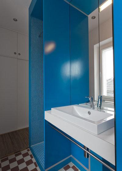 Modern Badezimmer by unique assemblage