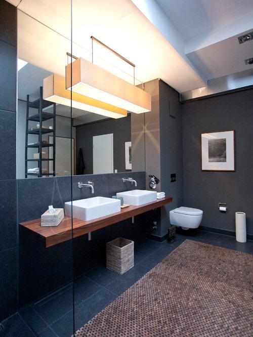 Badezimmer Mit Schwarzen Fliesen badezimmer mit offener dusche und schwarzen fliesen ideen design