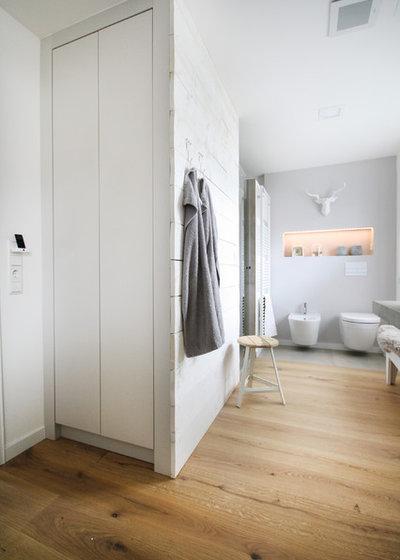 schwarzw lder schreinerwerk ein l ssiges bad aus holz und beton. Black Bedroom Furniture Sets. Home Design Ideas