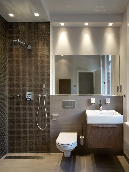 Salle d 39 eau avec un carrelage marron et carrelage en mosa que photos et - Idee deco salle d eau ...
