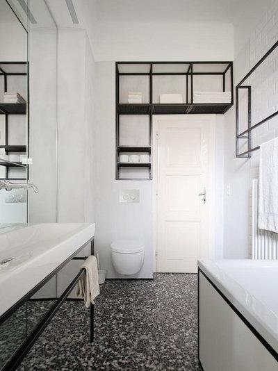 Modern Badezimmer by IFUB*
