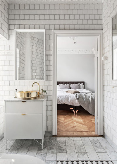 Skandinavisch Badezimmer by Scandinavian Homes