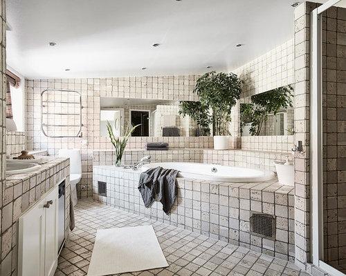 Foton och badrumsinspiration för badrum, med ett nedsänkt handfat ...