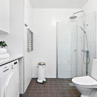Foton och badrumsinspiration för stora skandinaviska badrum 13adbb14dcf0e