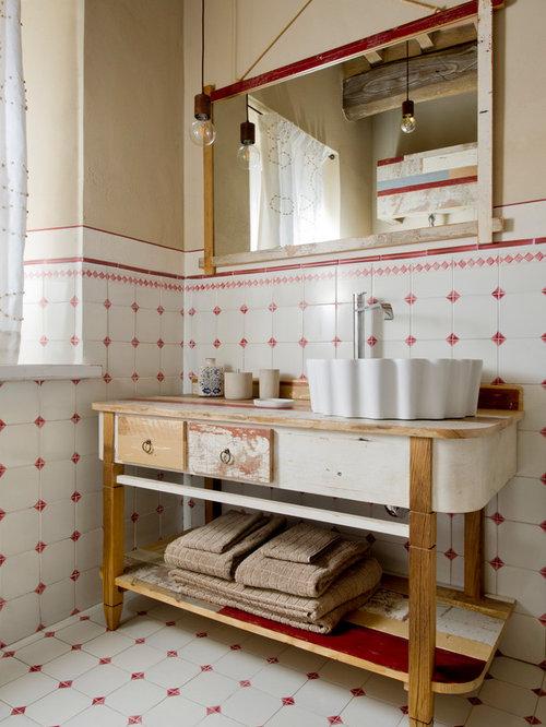 Foto e Idee per Bagni di Servizio - bagno di servizio con pareti beige