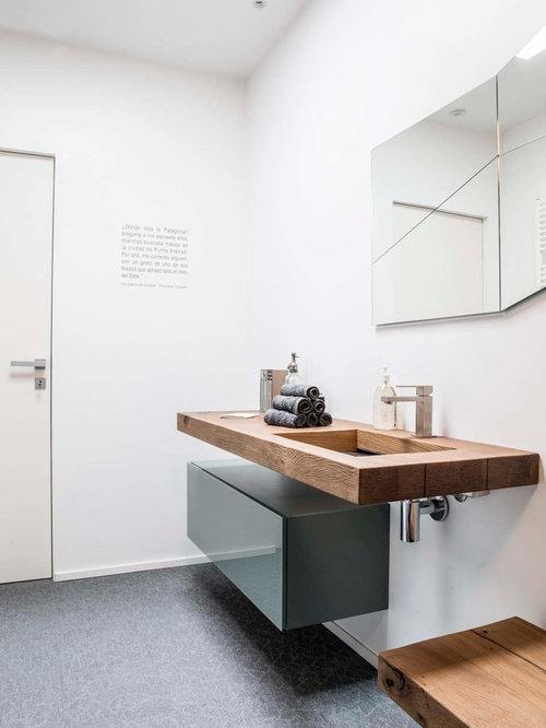 Foto e Idee per Bagni di Servizio - bagno di servizio con top in legno