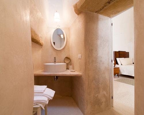 Mediterrane g stetoilette g ste wc mit beiger wandfarbe for G m bagno di giuntini massimo