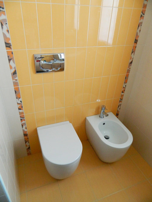 g stetoilette g ste wc mit marmor waschbecken waschtisch und orangefarbenen fliesen ideen f r. Black Bedroom Furniture Sets. Home Design Ideas