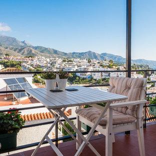 Modelo de balcones mediterráneo en anexo de casas