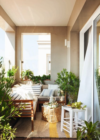 Mediterranean Balcony by The Room Studio