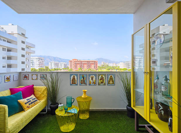 Eclectic Balcony by Masfotogenica Interiorismo
