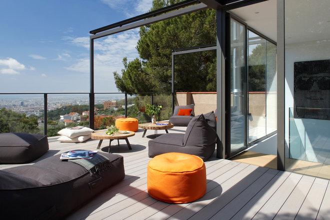 Contemporáneo Balcones by MOLINS DESIGN