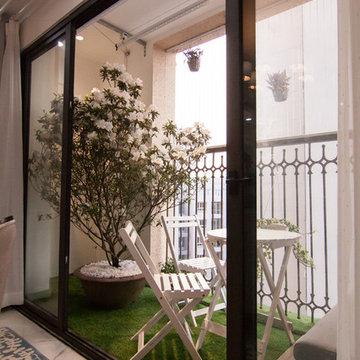 A Chic Interior Apartment