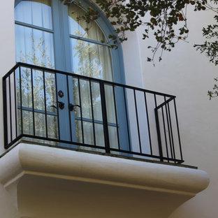 Balcony - small traditional balcony idea in Santa Barbara