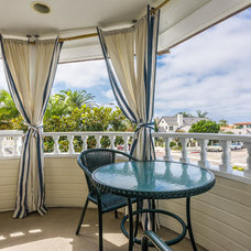 Beach Style Deck by Pacific Sothebys International Realty