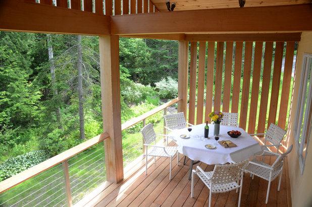 sonnenschutz auf dem balkon 9 ideen. Black Bedroom Furniture Sets. Home Design Ideas
